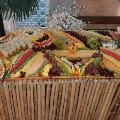 שולחן פירות לאירועים